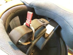 how-to-fasten-a-double-d-ring-helmet-fastener-step-2